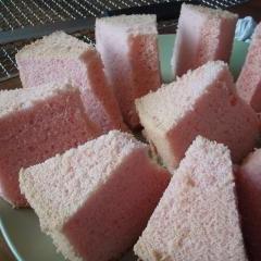 Peppermint Chiffon Cake